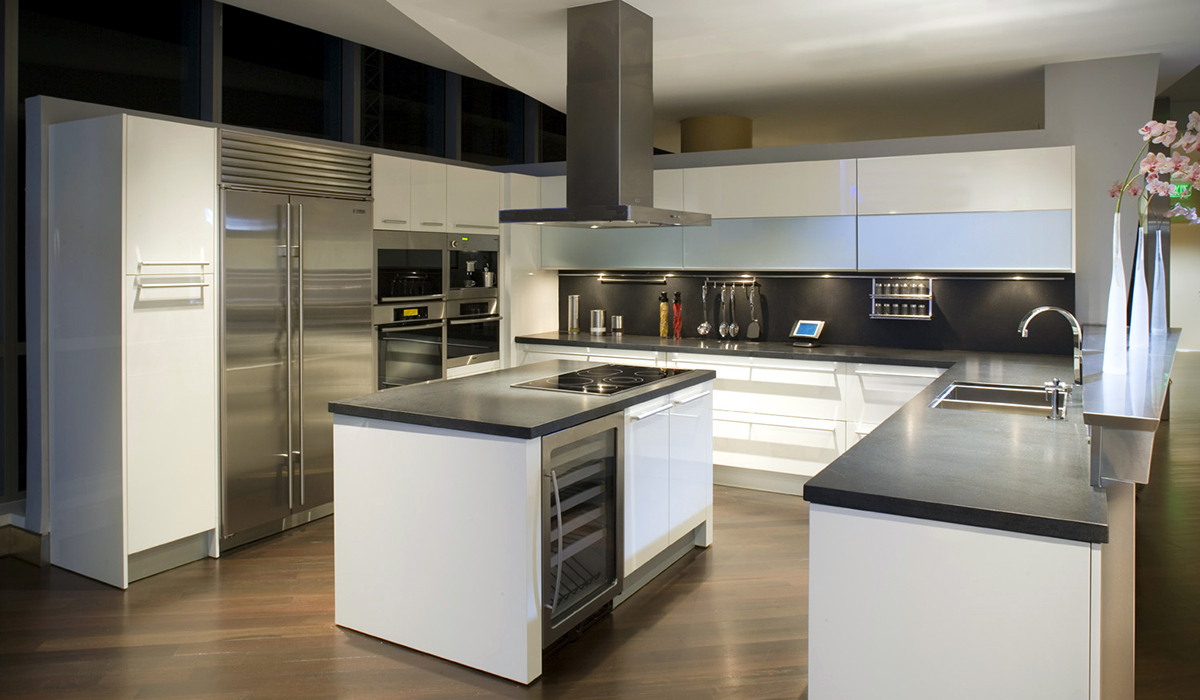Stilo isola faber range hoods us and canada for Faber cucine